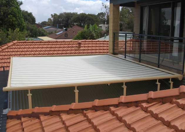 Retractable Roof Awning Mandurah Wa Awnings Perth