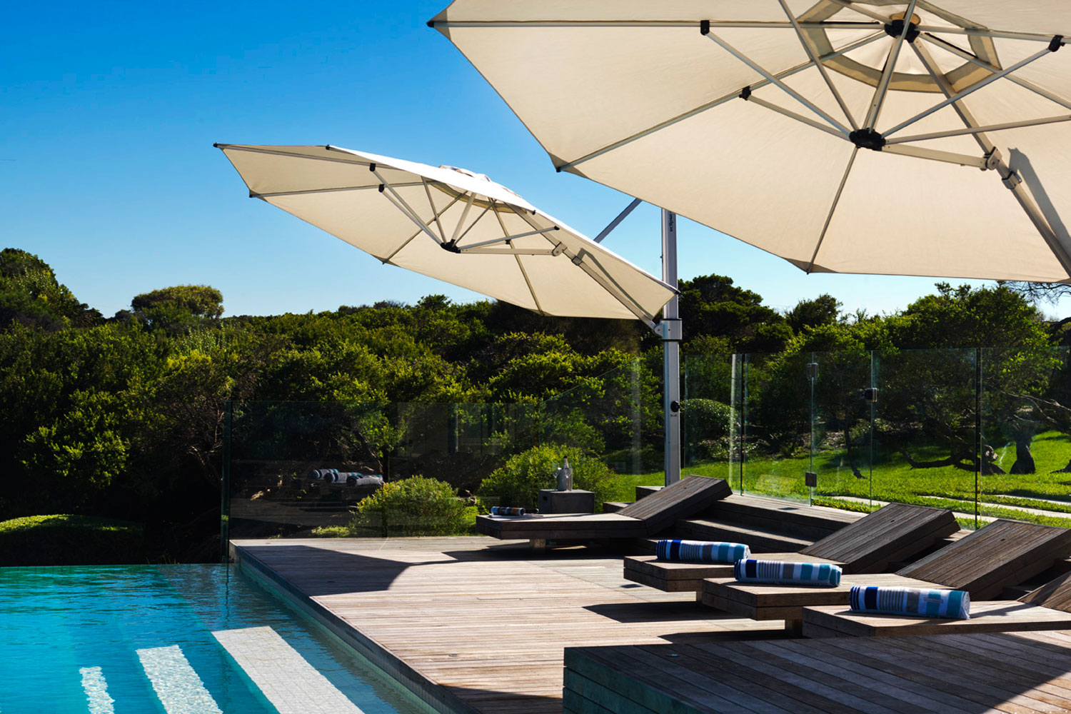 CANTILEVER UMBRELLAS AND OUTDOOR