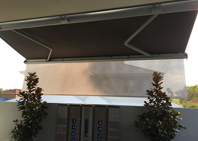 Folding Arm Awning Scarborough Awnings Perth Commercial